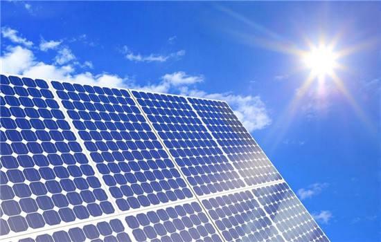 光伏产业投资升温 上半年新增近2.5万家相关企业