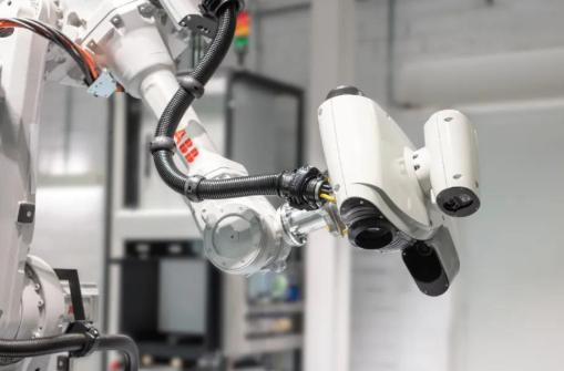 ABB全新机器人3D检测单元让质量控制检测简便高效